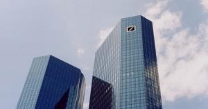 Foto: aboutpixel.de / Wieder die Deutsche Bank © Kim Czuma